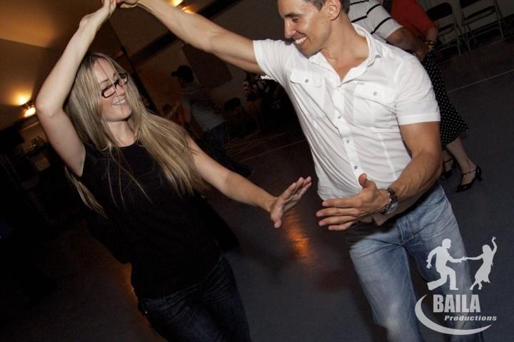 Danseurs de Salsa à Une soirée de danse secteur Vaudreuil