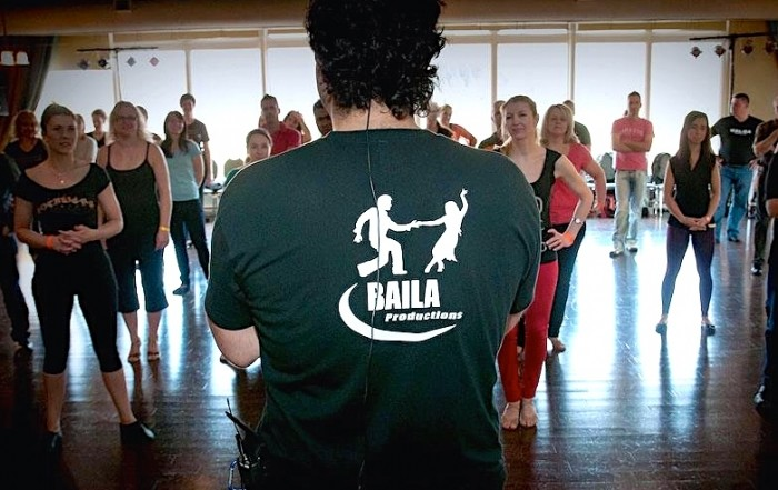 Teacher-BailaProductions-latin-dance-school