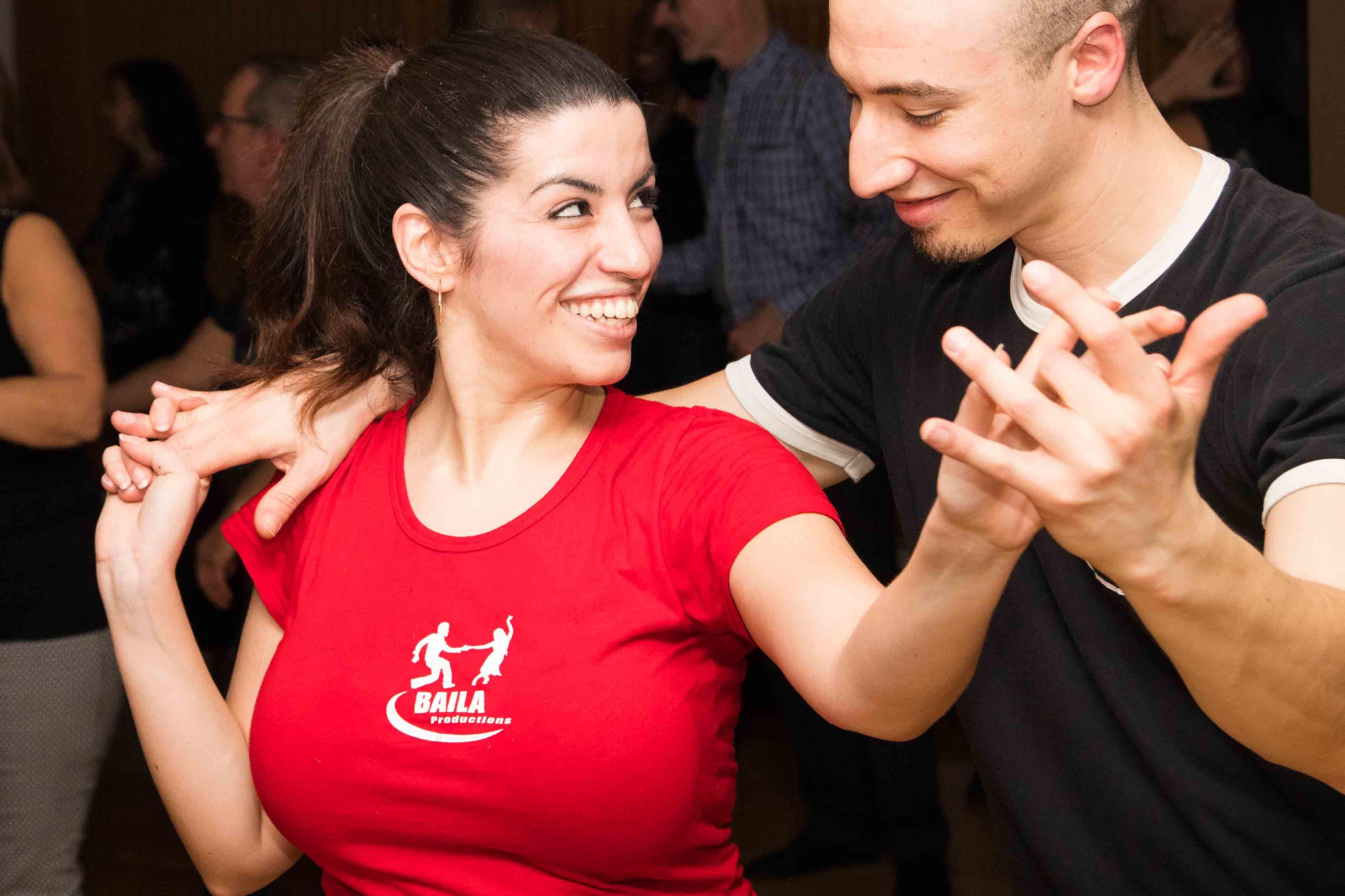 Danseur de Salsa à Laval